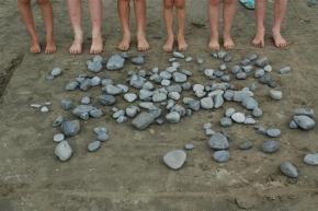 stones-and-legs